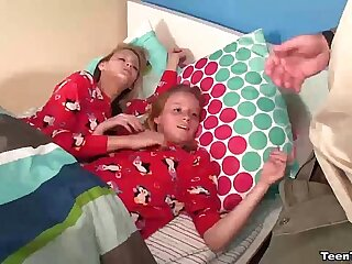 tt-Double teen POV handjob