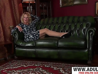 Infectious fresh stepmama molly maracas acquires nailed hawt her son's ally