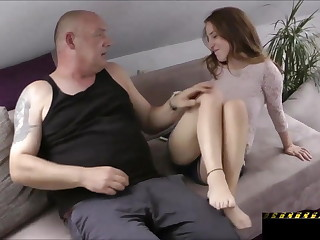 Hot Teen Fucks an Older Dude!